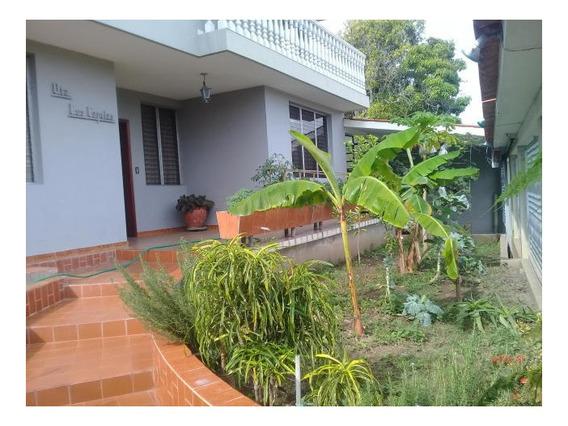 Casa En Venta Este De Barquisimeto #20-1496 As