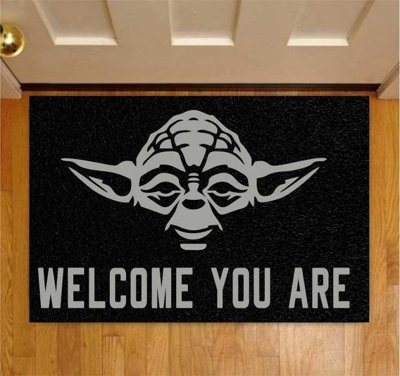Capacho Divertido Star Wars Mestre Yoda 60x40cm Preto