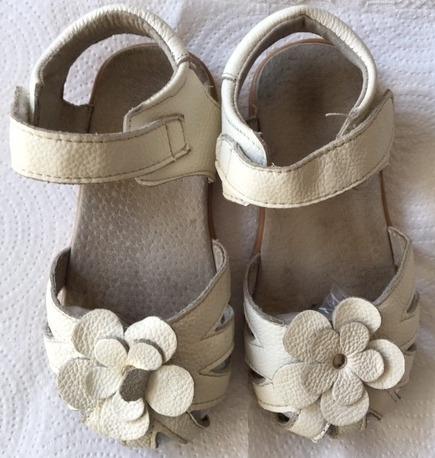 Sandalias Blancas Nena Cuero Talle 28 Suela Goma
