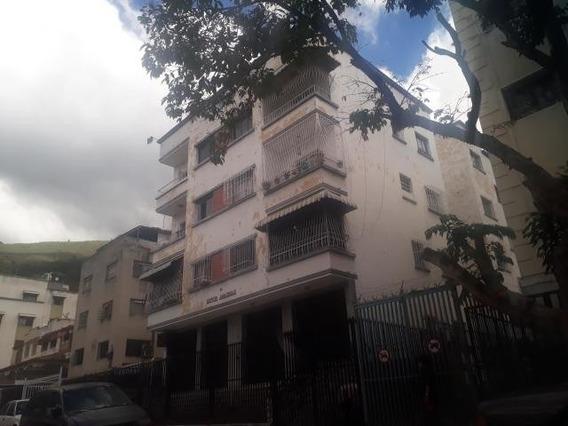Acogedor, Cómodo Y Bonito Apartamento Totalmente Remodelado