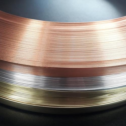 Fita Plástica Metalizada 15mm Com Autocolante 3m.  10mts.