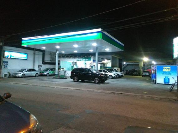 Posto De Combustivel Com Estacionamento