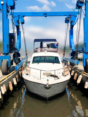 Lancha Ferretti 43 Barco Iate Intermarine Azimut Axtor