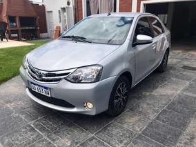Toyota Etios 1.5 Platinum Automática 2017