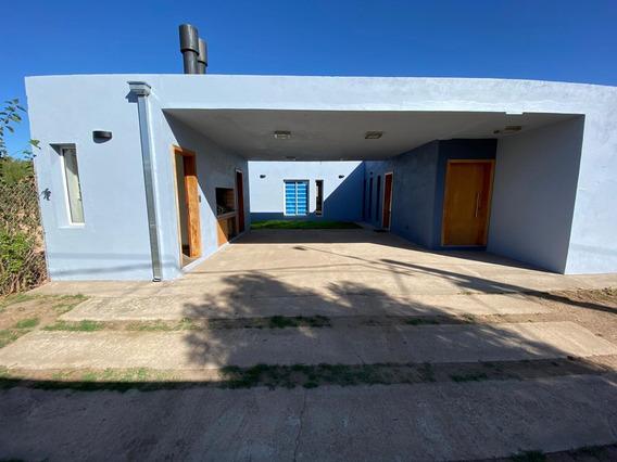 Vendo Elegante Casa Zona Quintas De La Betbeder