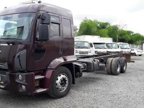 Ford Cargo 2429 Gabinado