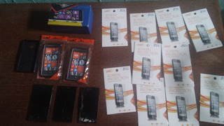 Lote Com 1 Nokia 720, 20 Placas Mães Motorola V8, Ligando