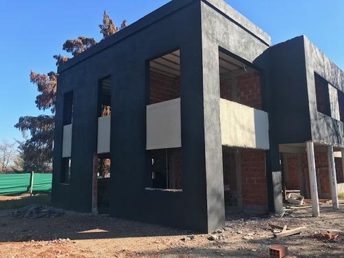 Preciosa Residencia A 50% A Construir