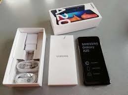 Celular Samsung A20 Negro 2019