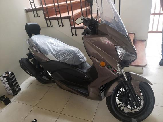 Scooter Asya Automatica 150cc 02 Pasajeros Tipo Ducati 2019