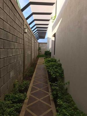 Hermoso Apartamento Con Fácil Acceso