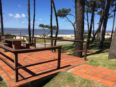 Gran Cabaña Con Vista Al Mar En Las Toscas
