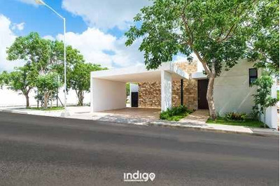 Casa Nueva De Una Planta En Venta En Privada Amidanah, Modelo D, Temozón Norte