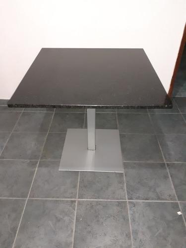 Imagen 1 de 4 de Mesa De Granito Negro De 1 X 1 Mt Base De Metal.