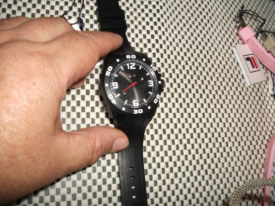 Relógio Fila Importado,novo 3 Cores De Mostrador E Pulse Box