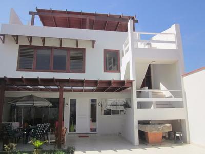 Casa Moderna Punta Hermosa - A Un Paso De Caballeros