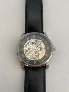 Reloj Kenneth Cole Automático O Mecánico Usado
