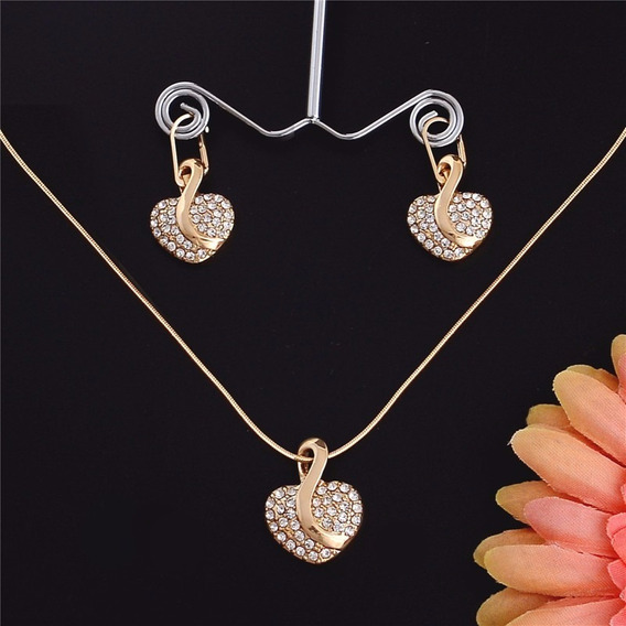 Promoção Conjunto Colar E Brincos Dourados Coração Strass 59