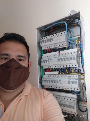 Imagem 1 de 5 de Eletricista Residencial E Comercial
