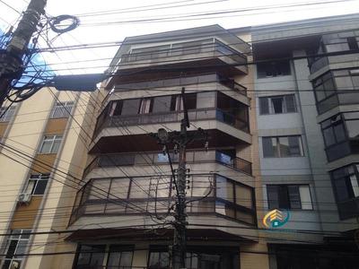 Apartamento A Venda No Bairro Centro Em Nova Friburgo - Rj. - Av-179-1