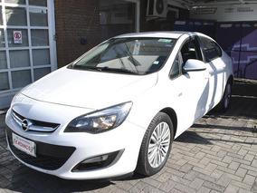 Opel Astra Enjoy 2013
