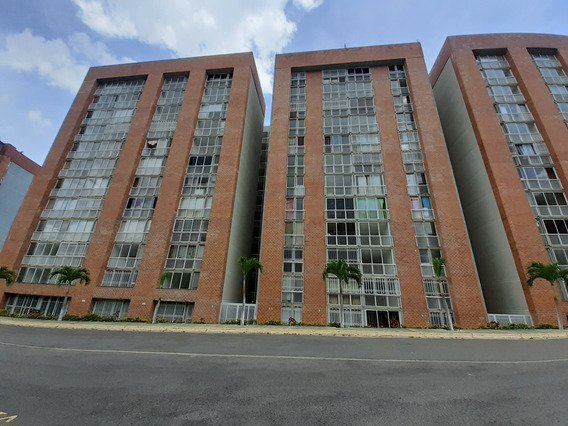 Venta Apartamento En El Encantado Residencia Auyantepui