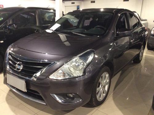 Nissan Versa 1.6 2015