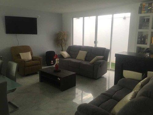 Propiedad Con 2 Casas Con Acceso Independiente