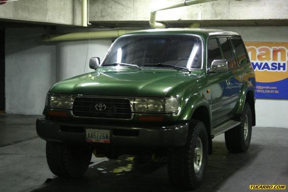 Toyota Burbuja Burbuja 4500 Blindado