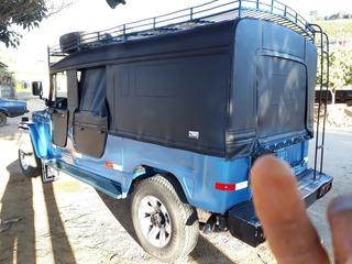 Toyota Jeep Esportivo 4x4