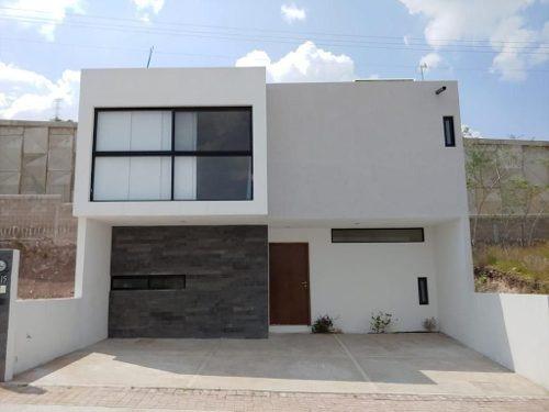 Excelente Oportunidad, Hermosa Casa En Punta Esmeralda.