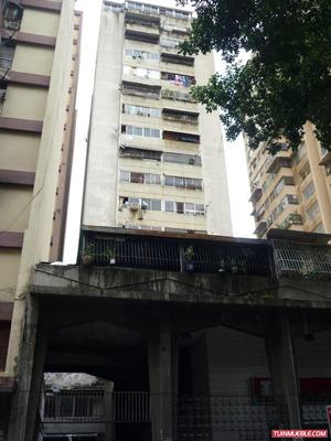 Caracas Avenida Lecuna