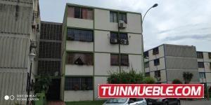 Apartamentos Venta Monteserino Valencia Carabobo 19-1232rahv