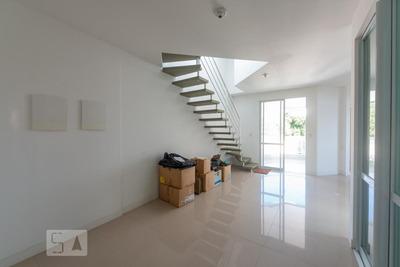 Apartamento No 4º Andar Com 3 Dormitórios E 3 Garagens - Id: 892917614 - 217614