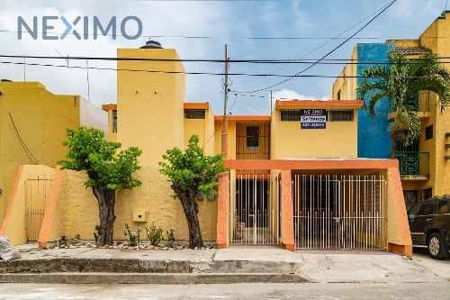 Excelente Casa En Venta En Colonia Las Américas, Ciudad Madero