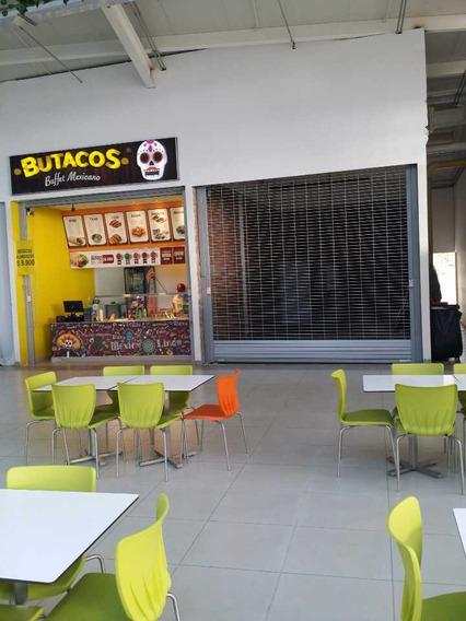 Se Alquila O Se Vende Local En C.c T. Plaza 35 M2