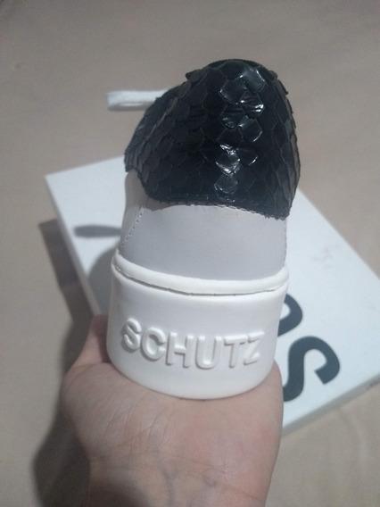 Tênis Schutz Branco E Preto Original - Usado 1 Vez
