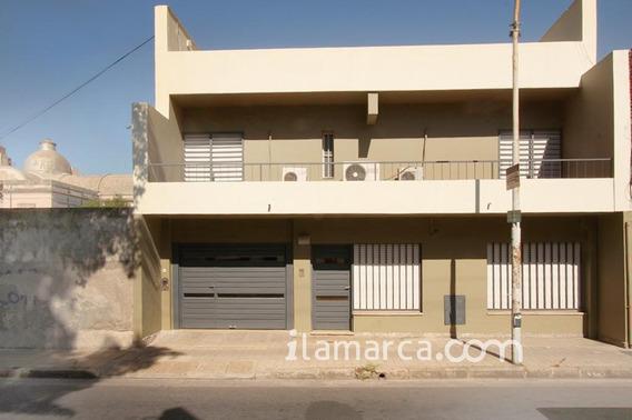 Alberdi A 3 Cuadras Del Shopping 5 Dormitorios Y 4 Baño
