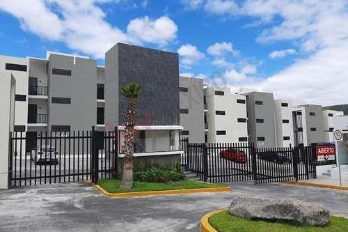 ¡espacio Perfecto Para Vivir¡ - Departamento En Jardines De Santiago, Querétaro