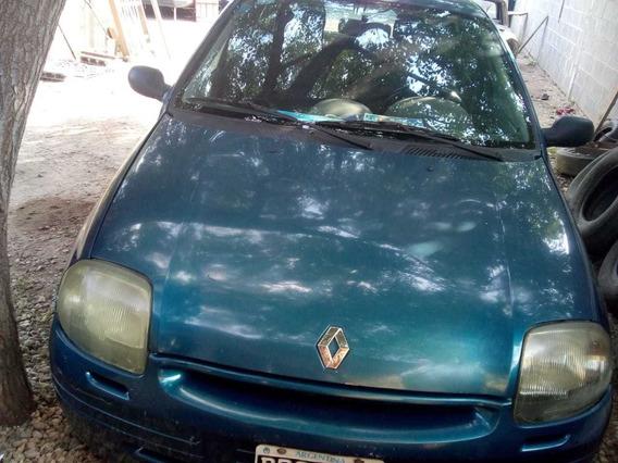 Renault Clio Fase 2. Diesel. 2001