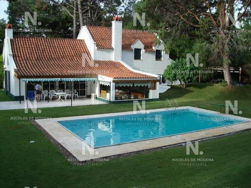 Casa En Mansa - Punta Del Este- Ref: 2177