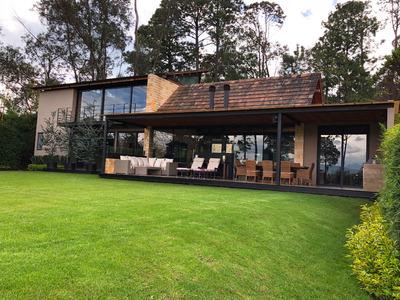Casa En Club De Golf Avandaro... Muy Cerca Del Campo De Golf