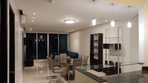 Amplio, Amoblado Apartamento En Ave Balboa En Alquiler