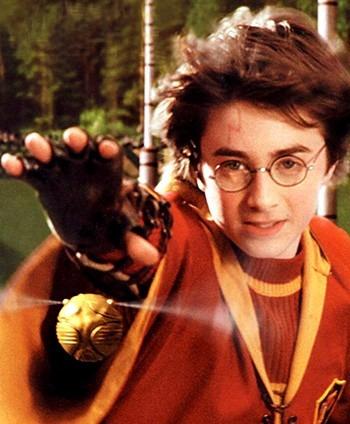 Colar Pomo De Ouro Dourado Pingente Harry Potter