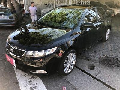 Kia Cerato Automático Muito Novo