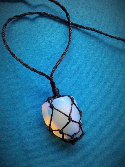 Colar Pedra Da Lua Com Fio Preto Encerado Regulável Opalina