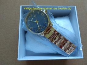 Relógio Feminino Dourado Luxo Fundo Azul Com Caixa Promoção