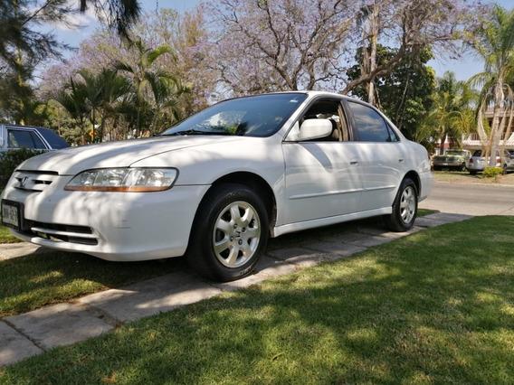 Honda Accord 2002 Excelente Trato Motor Excleente Condicion