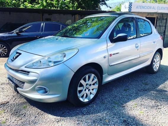 Peugeot 207 1.4 Quiksilver 75cv 2012