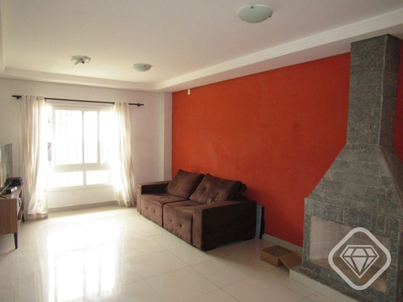 Casa 3 Dormitorios, Suite E Vaga De Garagem - V-1370